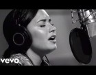 Demi Lovato  Stone Cold (Live In Studio)